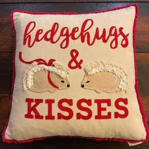 Hedgehugs and kisses pillow.... 🦔👄🦔👄🦔👄